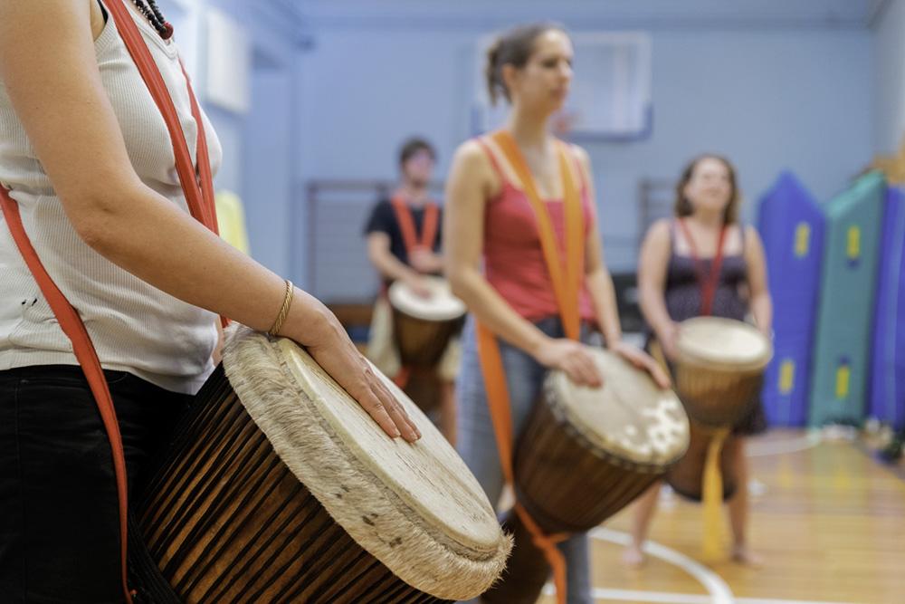 Luca Zugna Music Community Builder - Corso di percussioni africane djembe